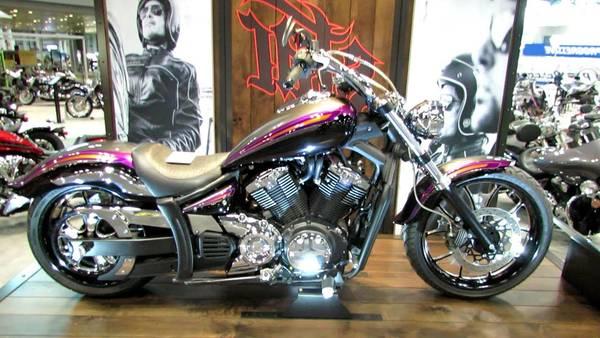 Casque Moto Monster